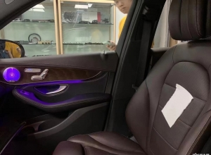 夏天开车是一种煎熬?20款奔驰GLC260L加装通风座椅完成效果分享