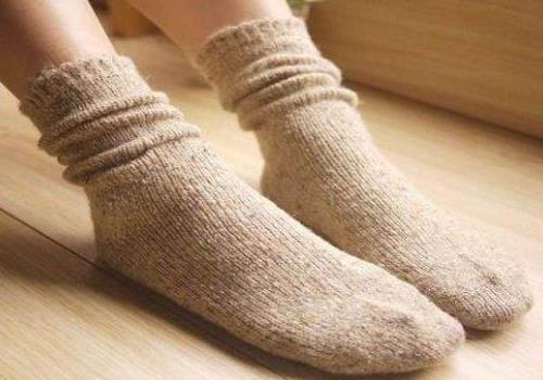 鞋子太臭很尴尬 去除鞋臭脚臭的小窍门